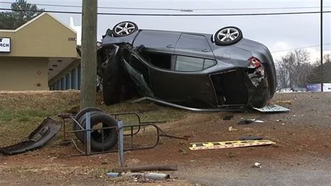 cobb county bench warrants high speed chase ends in crash in cobb county