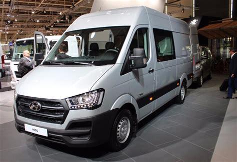 van hyundai hydrogen fuel cell van from hyundai hits iaa 2016