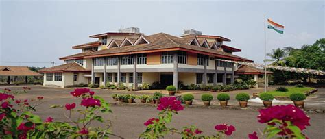 Nit Mba Calicut by Chief Minster Intervenes To Secure S Admission Into