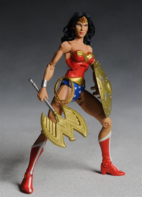 Figure Wonderwoman why can t toys get most important