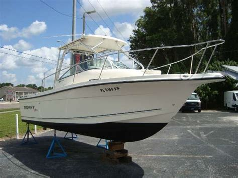 boats for sale ta dale mabry 2006 trophy 2352 walkaround ta florida boats