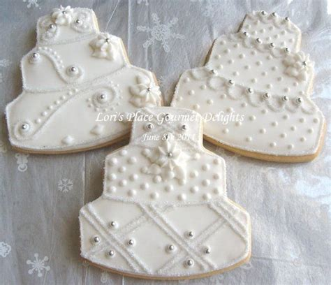 Wedding Favor Idea Sted Shortbread Cookies by 25 Best Ideas About Decorated Wedding Cookies On