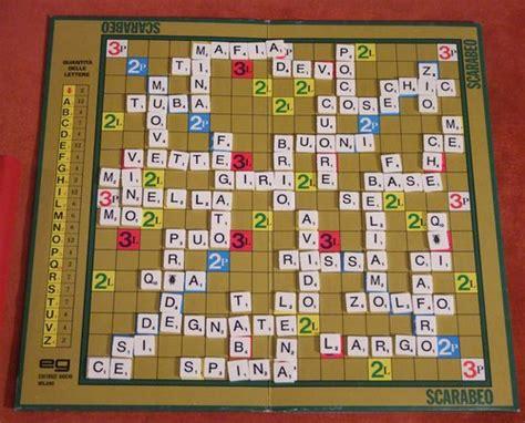 scrabble che scarabeo il gioco delle parole incrociate compie 60 anni