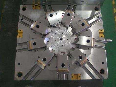 design and manufacturing of plastic injection mould plastic injection mold china
