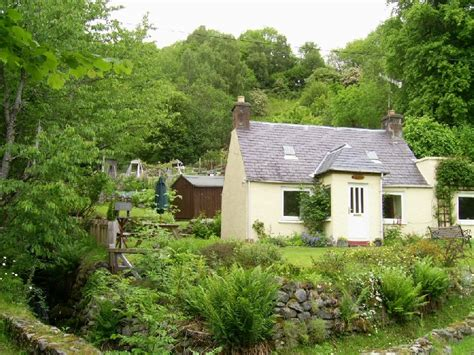 Cottage Loch Ness by Burnbrae Cottage Loch Ness In Heathdale Milton
