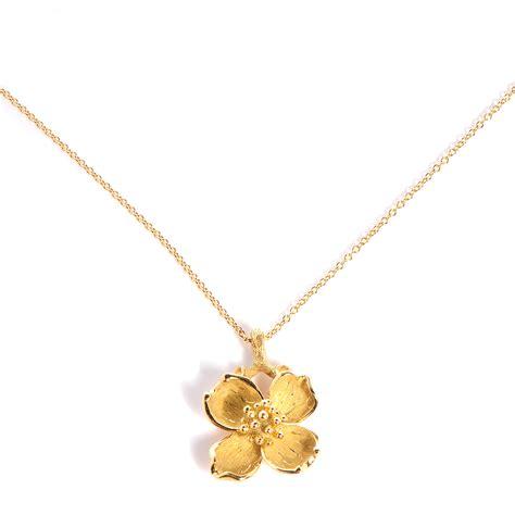 co 18k gold dogwood flower pendant necklace 79363
