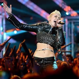 Miley Table L 외방커뮤니티 Gt 헐리우드 Gt