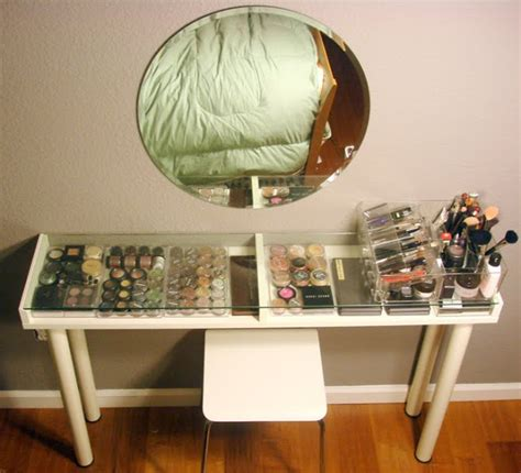 Small Space Makeup Vanity makeup vanity for small spaces