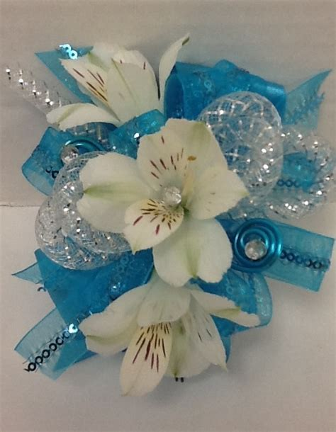 2015 prom corsage trends corsage trends for prom 2015 hairstylegalleries com