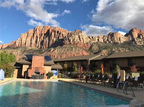 hampton inn suites springdale zion national park