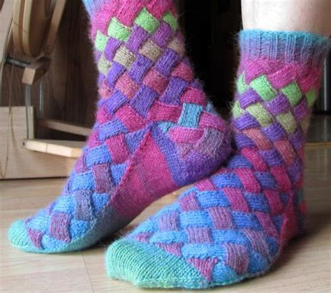 diy rainbow knitted socks tutorial diy rainbow color patch entrelac knitting socks with patterns