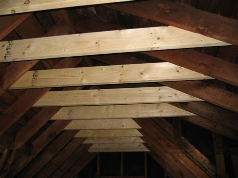 Locating Ceiling Joists by Ceiling Framing