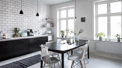 decoration cuisine noir et blanc une cuisine en noir et blanc shake my