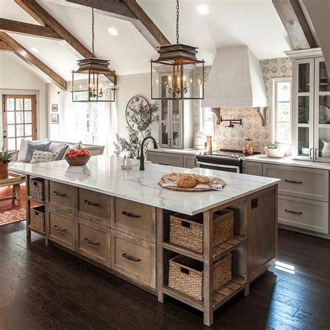 kitchen island farmhouse 25 best ideas about farmhouse kitchens on pinterest