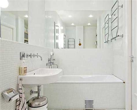 decoração de banheiro pequeno todo branco 30 dicas de decora 199 195 o de banheiros pequenos