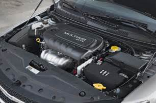 Chrysler Engine 2015 Chrysler 200 Limited Engine Photo 26