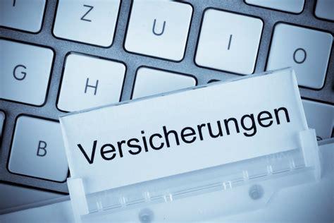 Günstige Kfz Versicherung In Der Schweiz by Deutscher Marktf 252 Hrer Bietet Versicherung Nach