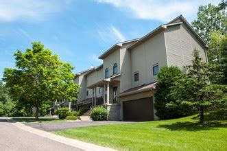 Apartments Outside Of Minneapolis Oaks Lincoln Townhomes Edina Mn Apartment Finder