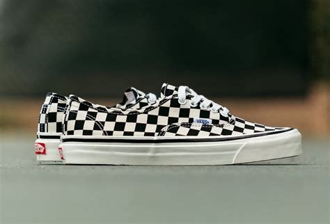 vans old skool 36 dx checkerboard pattern extorted vans authentic 44 dx anaheim factory sneakerfiles