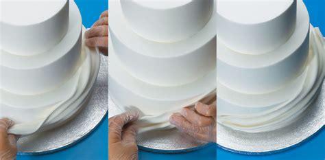 fondant draping how to make fondant swags on buttercream cakes com
