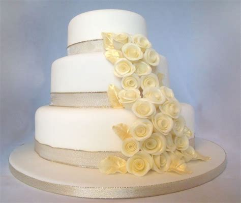 3 Tier Wedding Cake by Chagne Gold 3 Tier Wedding Cake Cakecentral