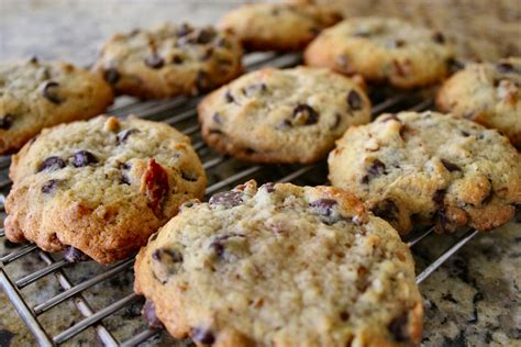 tcp cooks chocolate chip cookies inside nanabread s