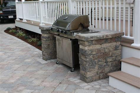 Backyard Grill Enclosures Pavers Segmented Walls Patterns And Colors Whitmore S