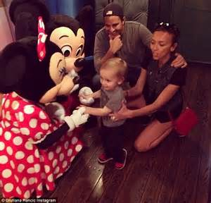giuliana rancic surrogate pregnancy 2014 giuliana and bill rancic reveal surrogate has miscarried