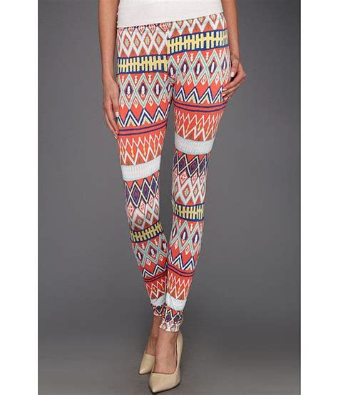 black patterned leggings outfit black blue red grey floral and colorful patterned
