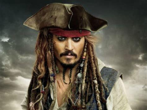 johnny depp as captain jack sparrow captain jack sparrow pirates of the caribbean favorite