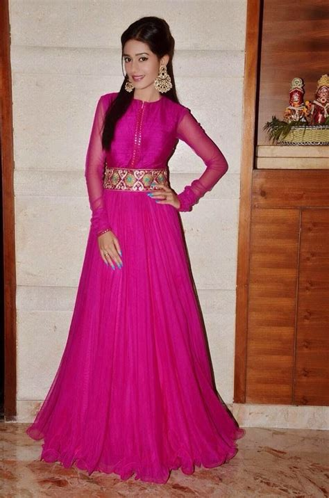 Longdress Amrita Rao Amrita Rao Was Recently In Jaipur For Asian Paint