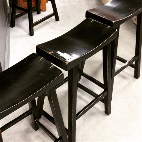 Set Of 3 Counter Height Stools by Set Of 3 Counter Height Saddle Bar Stools Sold