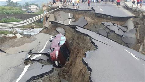 imagenes fuertes terremoto ecuador fuerte sismo en ecuador provoca graves da 241 os y al menos 77