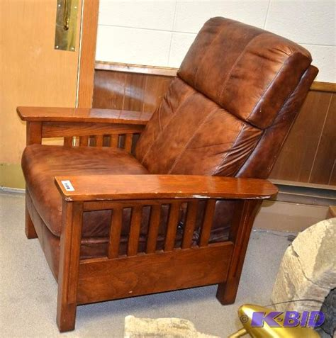 lane mission style recliner lane furniture mission style recliner cuir