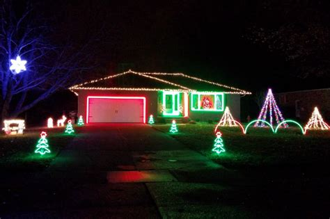 christmas singing lights must see light displays in northeast ohio