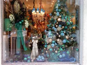 christmas window shop display windows pinterest