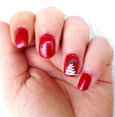 tutorial nail art natal tutorial nail art con l albero di natale