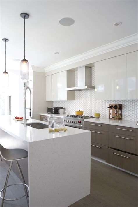 hexagon tile kitchen backsplash hexagon tile backsplash modern cabinetry dyi projects