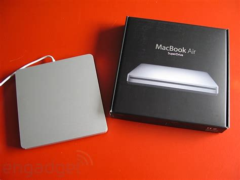 Macbook Air Superdrive confirmed macbook air superdrive does not work with other