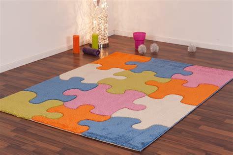 tapis pour chambre enfant tapis pour enfant play moderne puzzle bleu vert cr 232 me