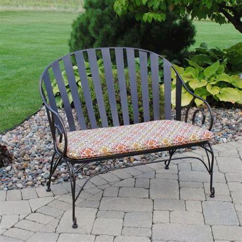 menards outdoor benches backyard creations cedar creek bench at menards 174