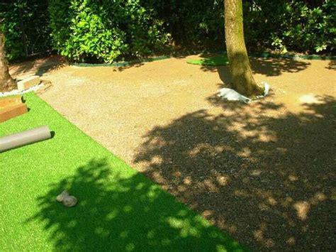 tappeto di erba sintetica posa prato sintetico erba finta