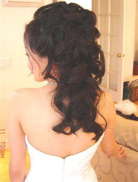 bumbed hair with curls prom hairstyles half up half down