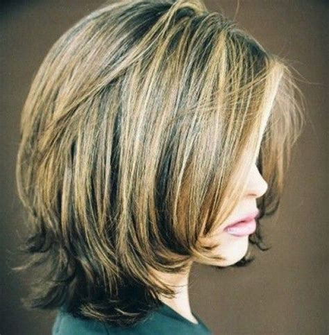 short forehead hairstyles on pinterest highlighted layered bob hairstyles back view short layered bob