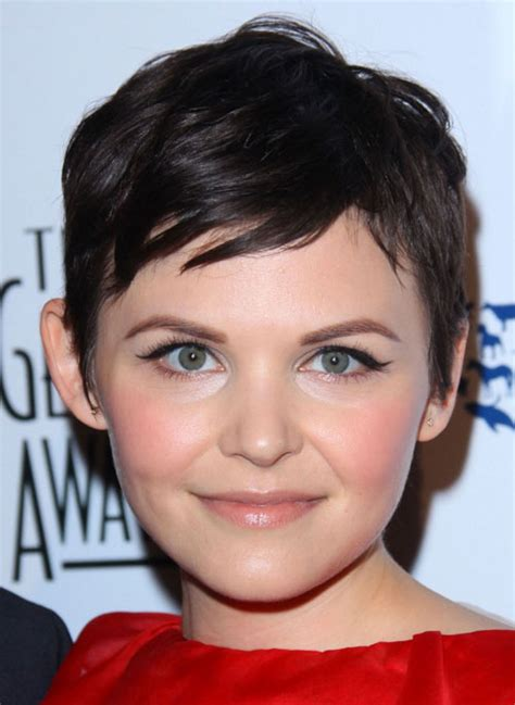 cuts to compliment round faces 24 flattering pixie cuts for round faces creativefan