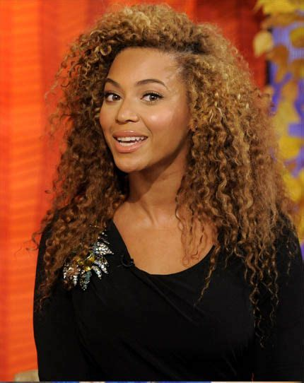 Beyonce And Wig Arrive In Melbourne by Beyonce Curly I The Color Lipstick Fixes