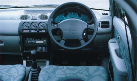 Nissan Micra K11 Interior by Nissan Micra Hatchback 1993 2002 Photos Parkers