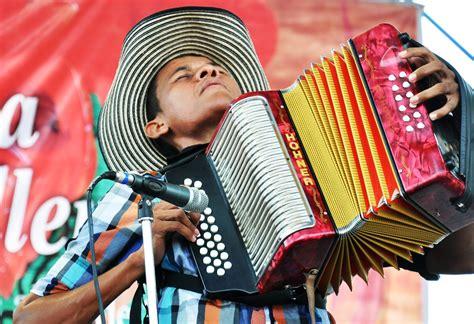 el vallenato patrimonio de la humanidad colombia el vallenato est 225 de fiesta vallenato fm 161 la estaci 243 n