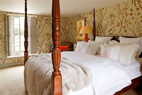 Bedroom Ideas For Small Spaces small bedroom four poster bed lewis amp wood bedroom