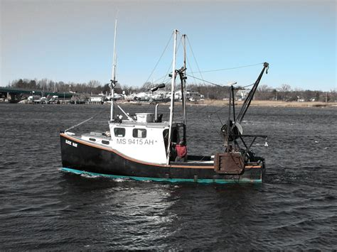 small fishing boats 1000 images about bay scene on pinterest